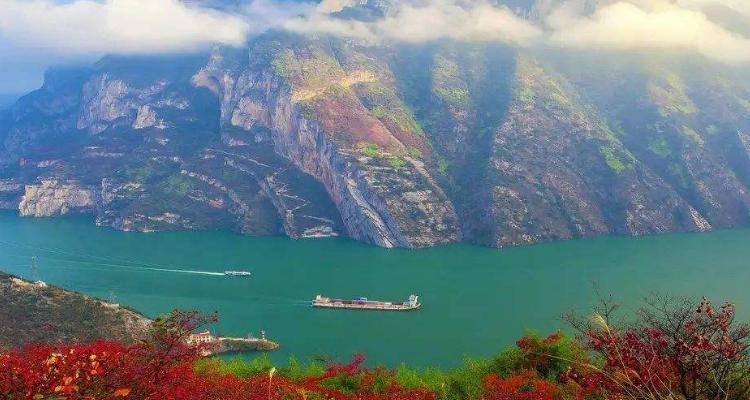 长江三峡往返4日游